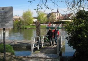 de Leiestreekroute bij de oversteek Baarleveer